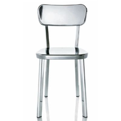 chaise Déjà Vu de  Naota Fukasawa.