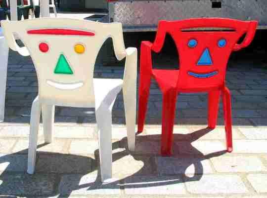Chaise en plastique pour enfant