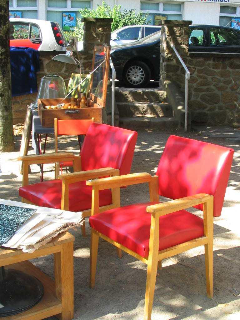 Chaises design page 5 lavieenrouge for Chaise qui ne prend pas de place